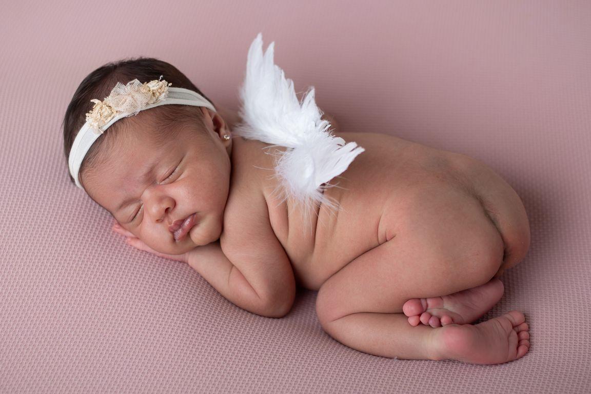 01  (4)Newborn-gabymelo-acompanhamento-gestante-casamento-fotobebê-studio-ubá-tocantins-rodeito-guidoval-fotografia01.jpg