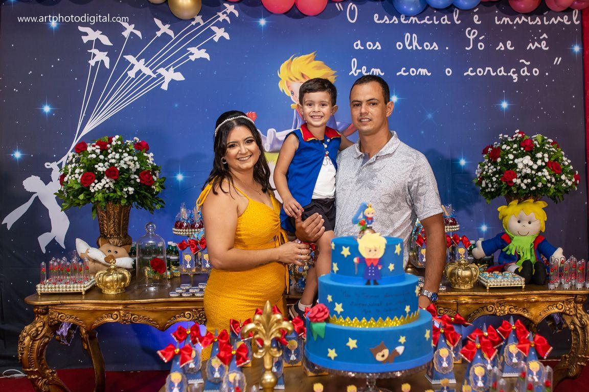 Newborn-gabymelo-acompanhamento-aniversários-batizados-gestante-casamento-fotobebê-studio-ubá-tocantins-rodeito-guidoval-fotografia01 (2).jpg
