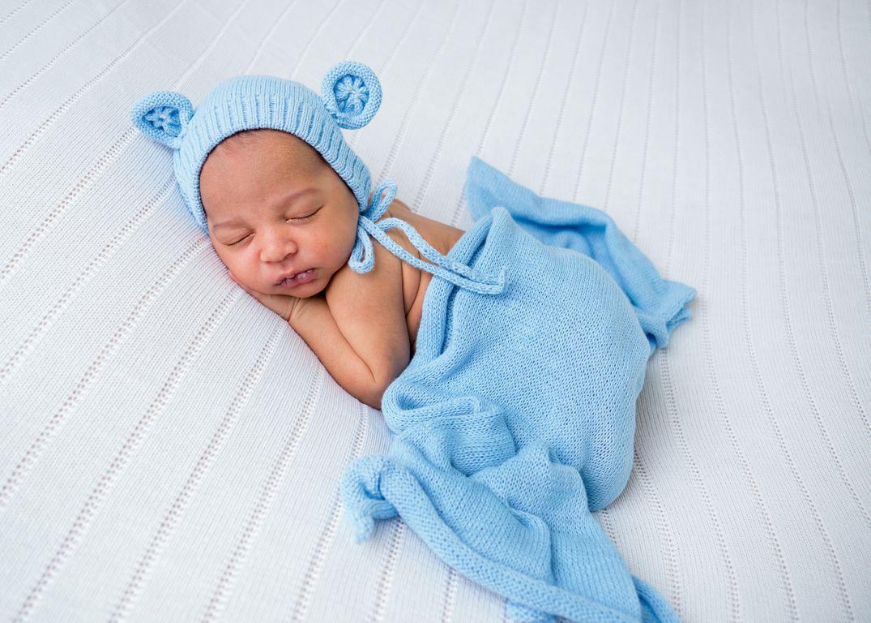 Pedro newborn (10).JPG