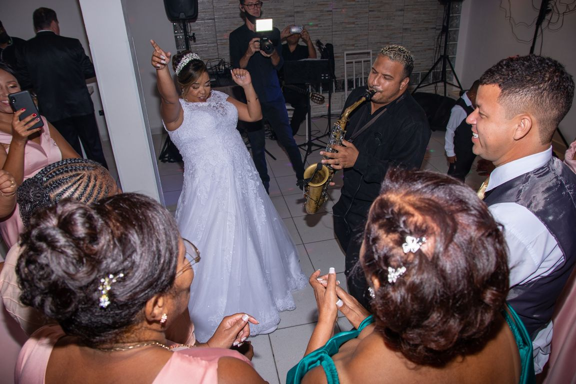 Elizabeth & Roberto - Wedding (34).jpg