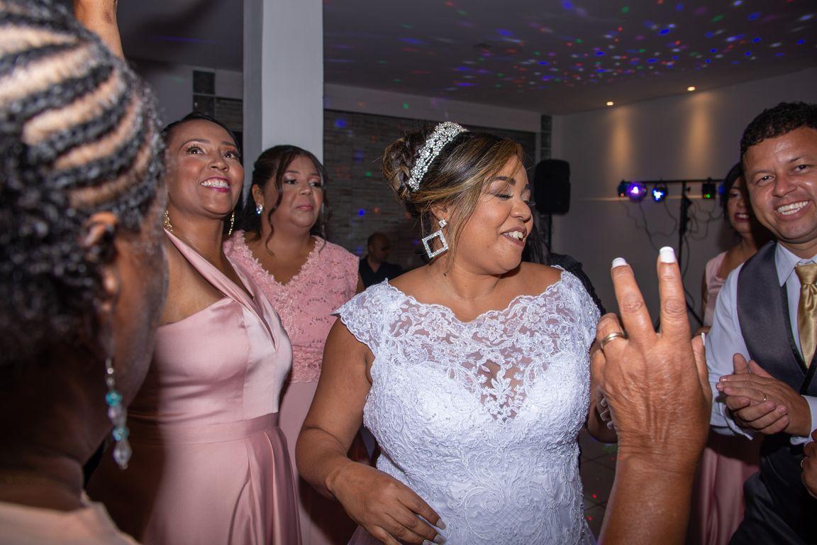 Elizabeth & Roberto - Wedding (32).jpg
