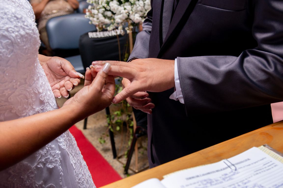 Elizabeth & Roberto - Wedding (16).jpg